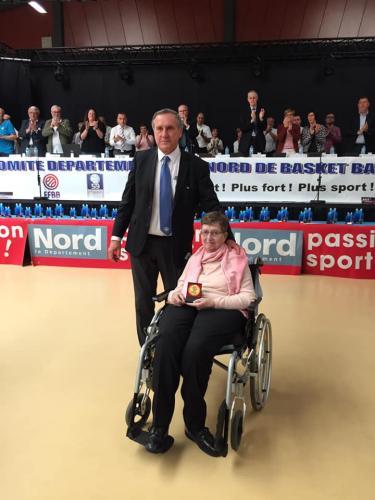 Remise officielle de la médaille d'or de la FFBB à Madame Chantal Lecaille